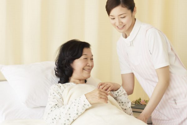 三島市、病院での看護師求人!三島駅から徒歩圏内です|静岡県三島市 イメージ