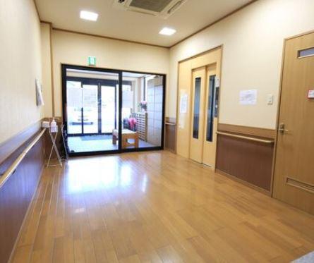 小規模の有料老人ホーム 正社員看護師求人!フルタイム・オンコール対応有|静岡県富士宮市 イメージ